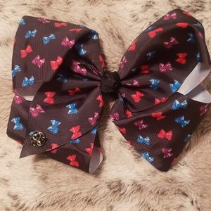 Jojo siwa black bow with bows on it